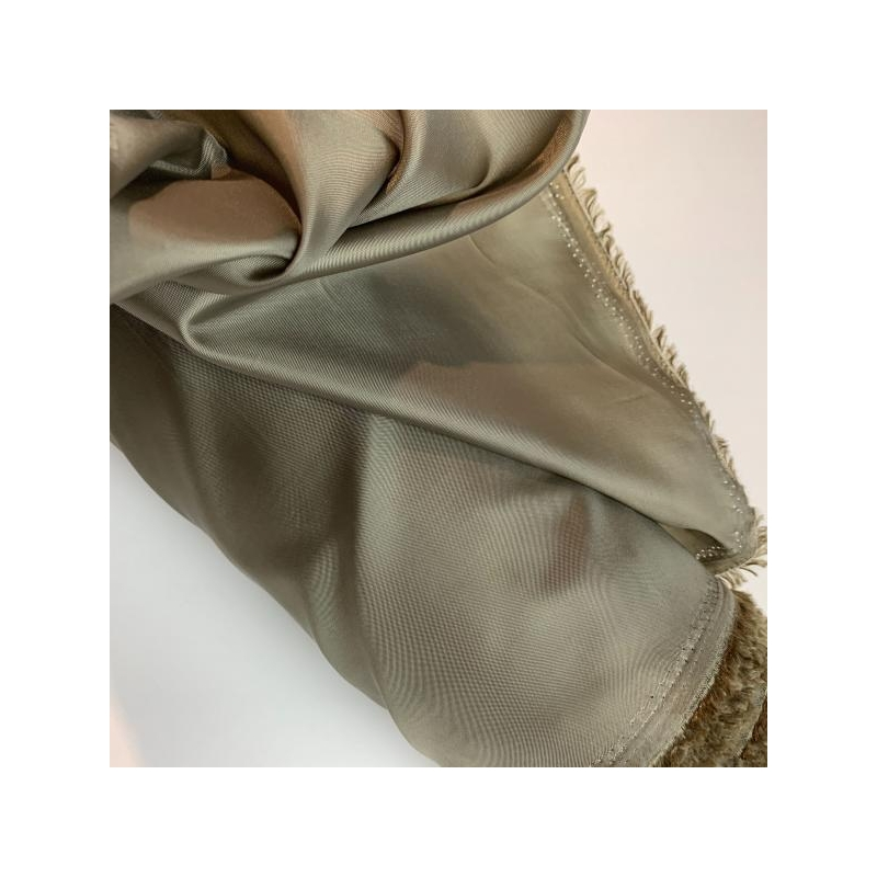 Lining taupe