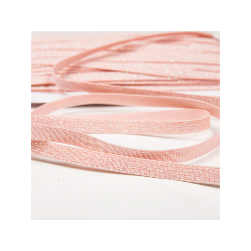 Shiny elastic light pink