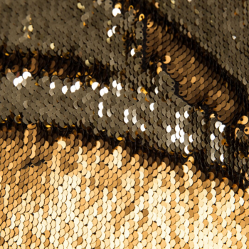 Reversible sequin fabric gold